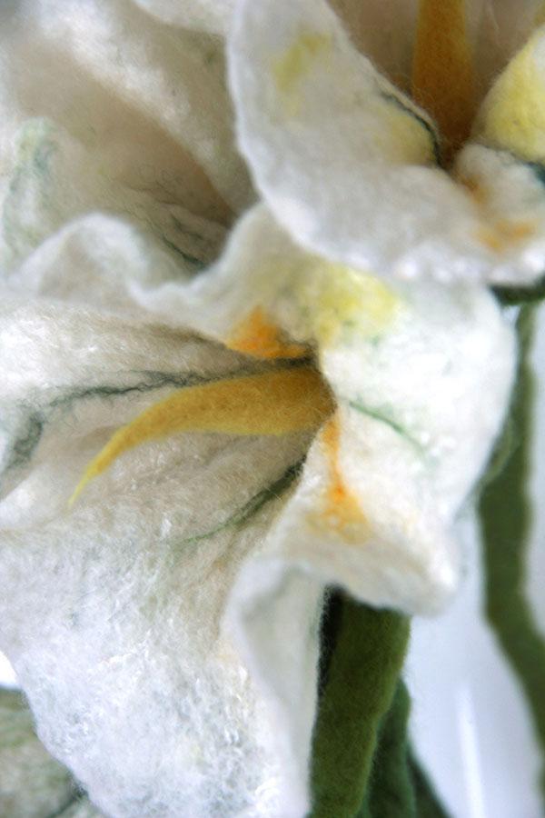 fiore lana infeltrita ad acqua dettaglio