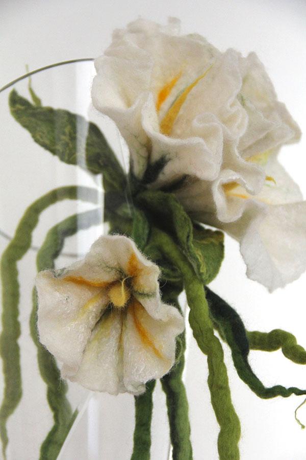 fiore in feltro dettaglio festone
