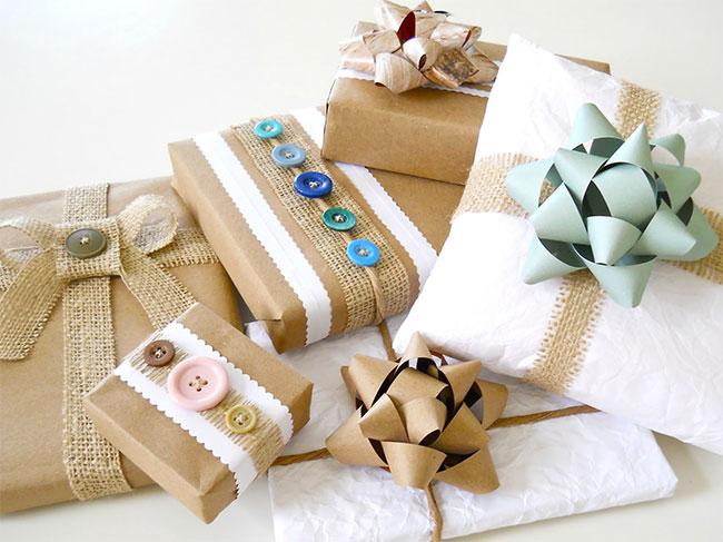 Pacchi di Natale fai da te, belli e creativi: spunti e idee per ...