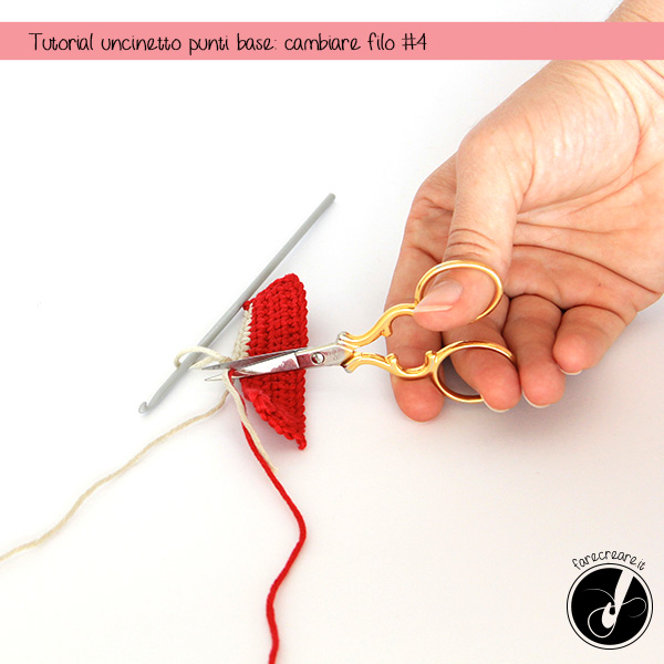 cambiare filo uncinetto fase 4