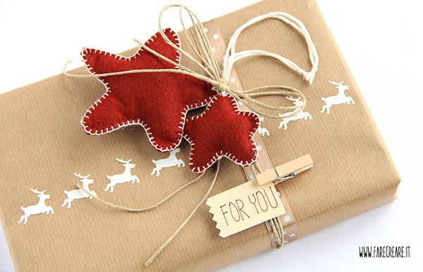 Stella di Natale in feltro con punto festone.