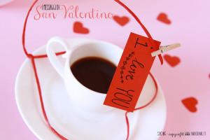 Come fare un messaggio fai da te in carta per San Valentino.