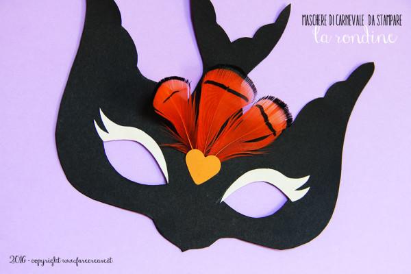 Maschera di carnevale: la rondine.