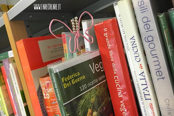 Farfalla segnalibrio in biblioteca - 3