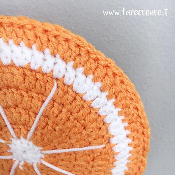 Presina a forma di arancia uncinetto dettaglio.