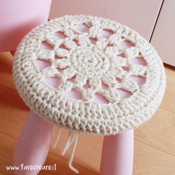 Sgabello di ikea crochet
