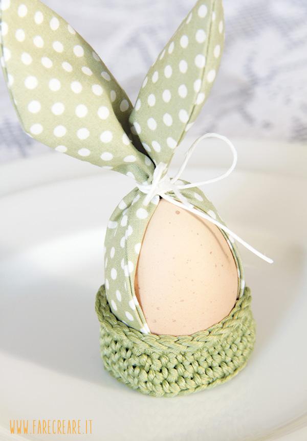 Segnaposto per la tavola di Pasqua fatto come un coniglio.