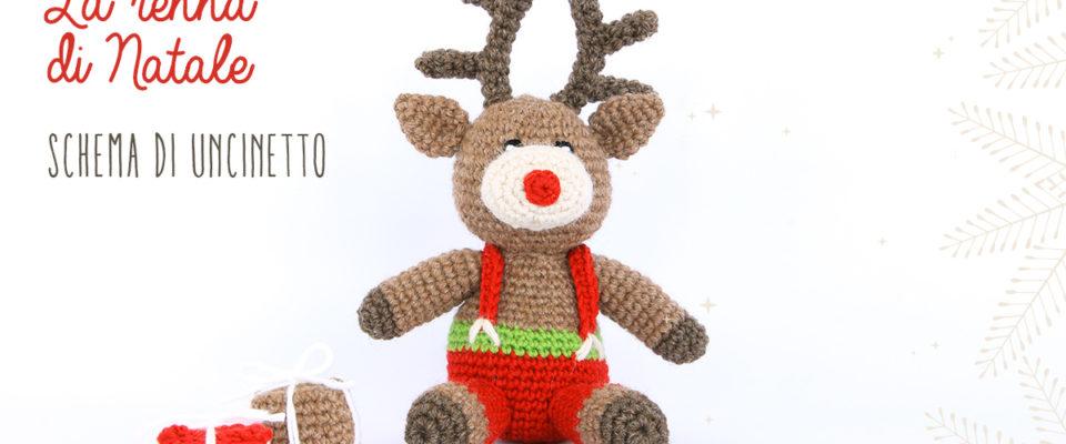 Schema di uncinetto - una renna di Natale a uncinetto con vestito e bretelle.