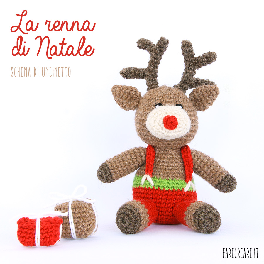 Renna a uncinetto con due pacchi regalo - schema tutorial.