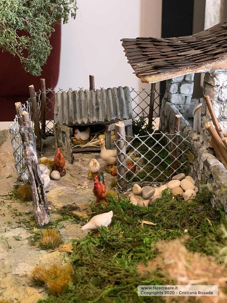 presepe artistico in stile veneto fatto a mano vista pollaio con galline